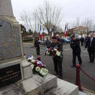 Commémoration du 19 mars 1962 : dépôt de gerbes
